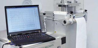 Groz-Beckert Nonwoven test makinesi ve laptop görseli