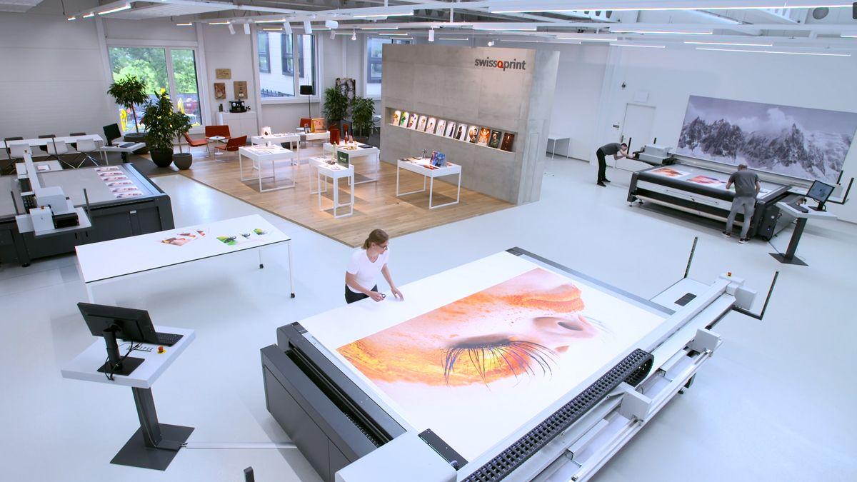 swissQprint Yetkinliğini İleriye Taşıyor ; Mürekkep Laboratuvarını Açtı