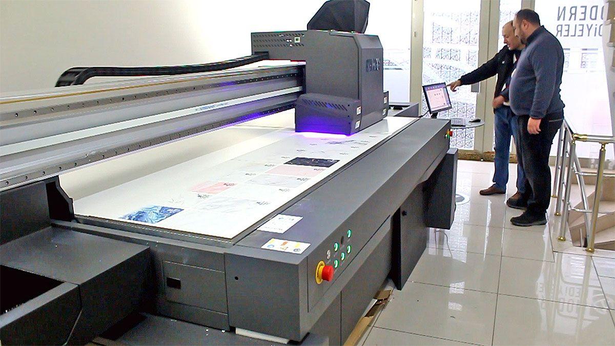 Modern Hediyeler kapasitesini Plamac Morpho 2513 UV ile genişletti