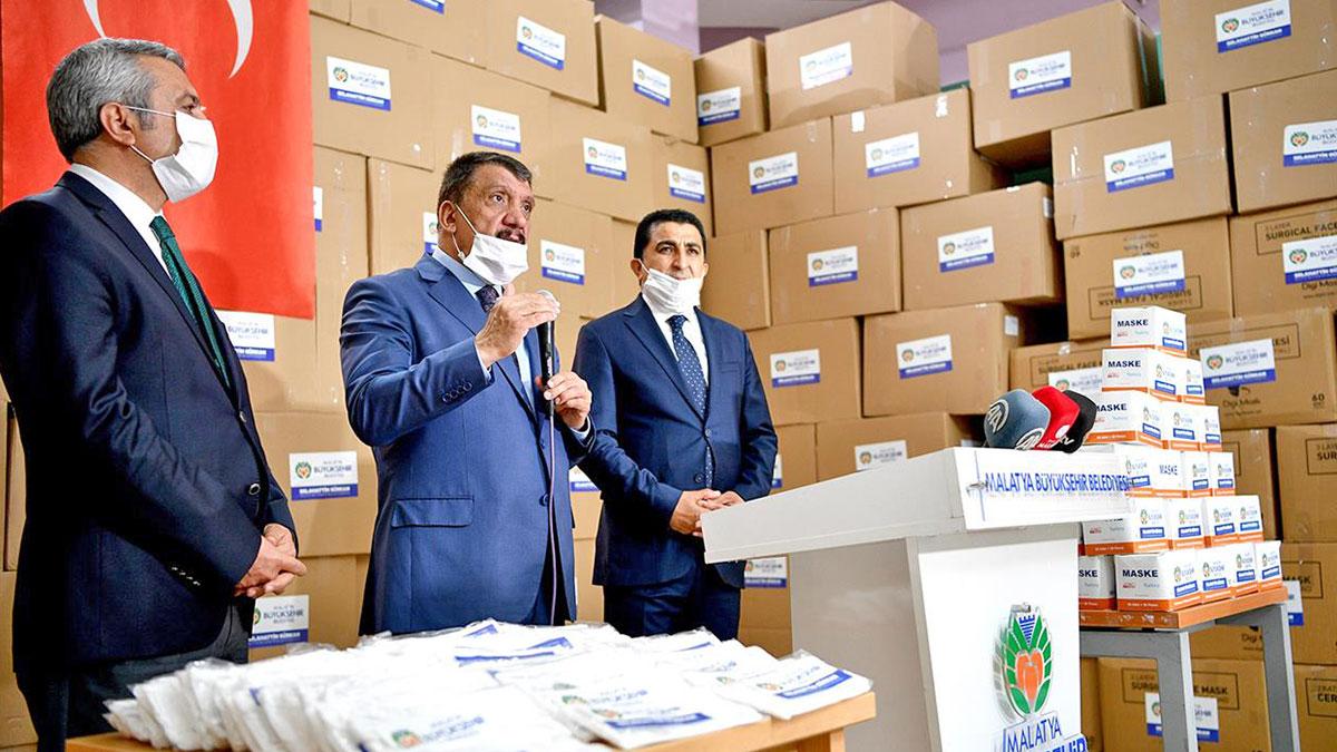 Dokuma Haberleri: Mil-May Tekstil ürettiği 600 bin maskeyi teslim etti
